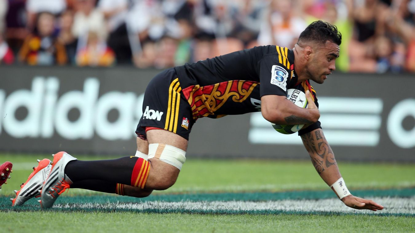 Liam Messam rateaza play-off-ul Super Rugby