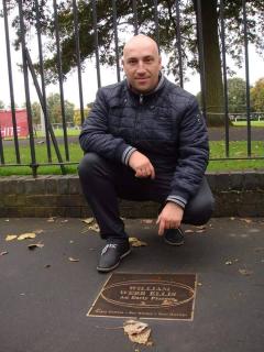 Premiera! Romani care lucreaza la clubul din Rugby