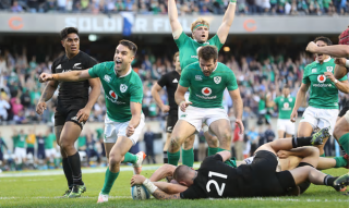 Irlanda a oprit All Blacks