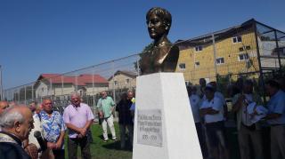 Statuia Marianei Lucescu dezvelita la Pantelimon